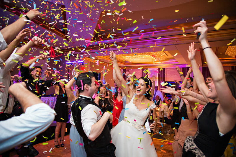 7 érv az esküvői limuzin bérlés mellett
